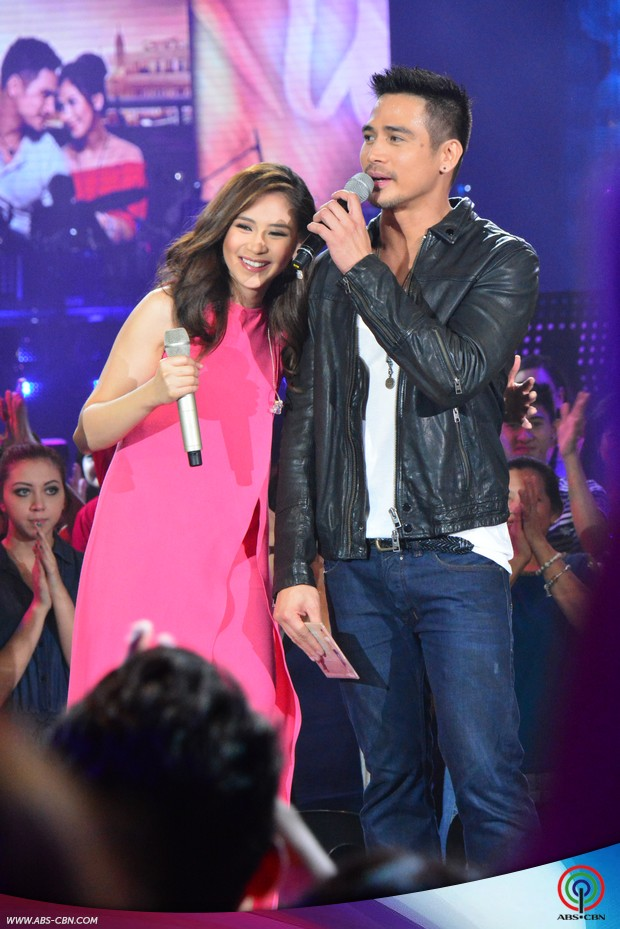 PHOTOS: Make way for box-office superstars Sarah and Piolo