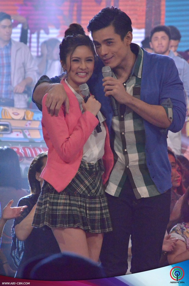 PHOTOS: The country's hottest and sweetest love teams in one stage