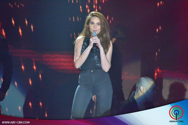 PHOTOS: Bea Alonzo heats up ASAP stage with her sultry performance